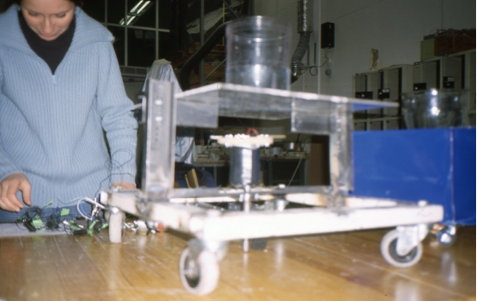 Fishbot DATE – 2000 DISCIPLINE - Education MEDIUM – Fish controlled robotic sculpture STATUS – 6 students from the Royal Acadamie of Art in Stockholm, Sweden